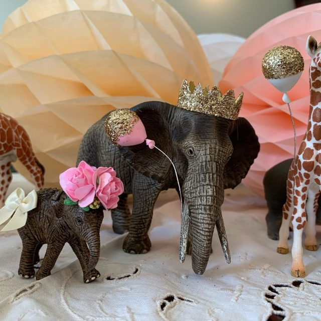 I had so much fun making these animals for Aurelia's birthday cake this weekend. They're incredibly easy to make and I'm so pleased with how they turned out. Anyone else love their glue gun a bit too much?! 😂  If anyone wants instructions on how to make them it I'll post something next week after birthday madness. I'm off to bake the cake which they will proudly sit upon now. . . . . . #birthdaytopper #caketoppers #2ndbirthday #2ndbirthdayparty #animalparty #partyideasforkids #elephanttheme #elephantbabyshower #birthdaydecoration #giraffesofinstagram #giraffebaby #animalcake