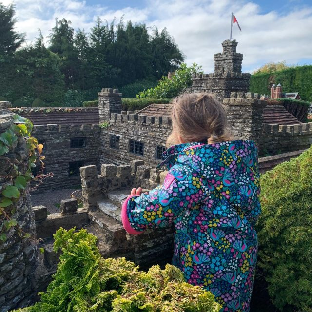 Happy #nationaldaughterday to this little one. You really are Queen of the castle. 😉 @bekonscotofficial