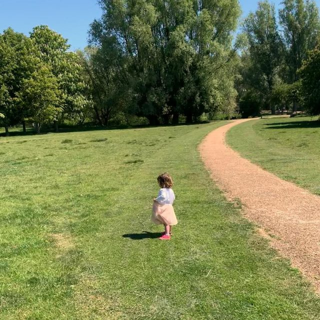 Feeling grateful that I get to spend my daily walks with this little one. Hilarious that she's slightly falling in love with a taffeta skirt already 😅.